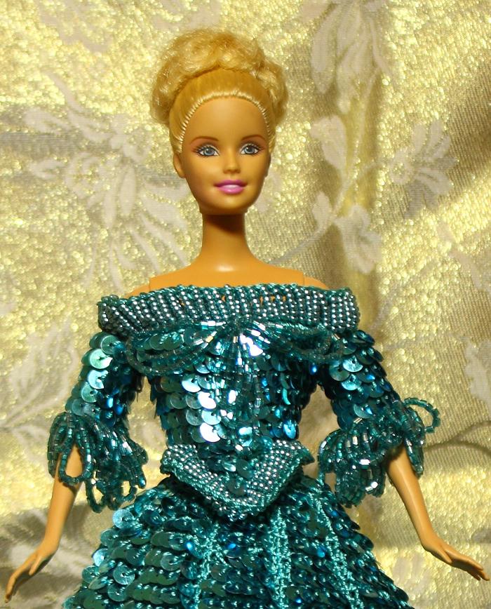 Платье из бисера для барби